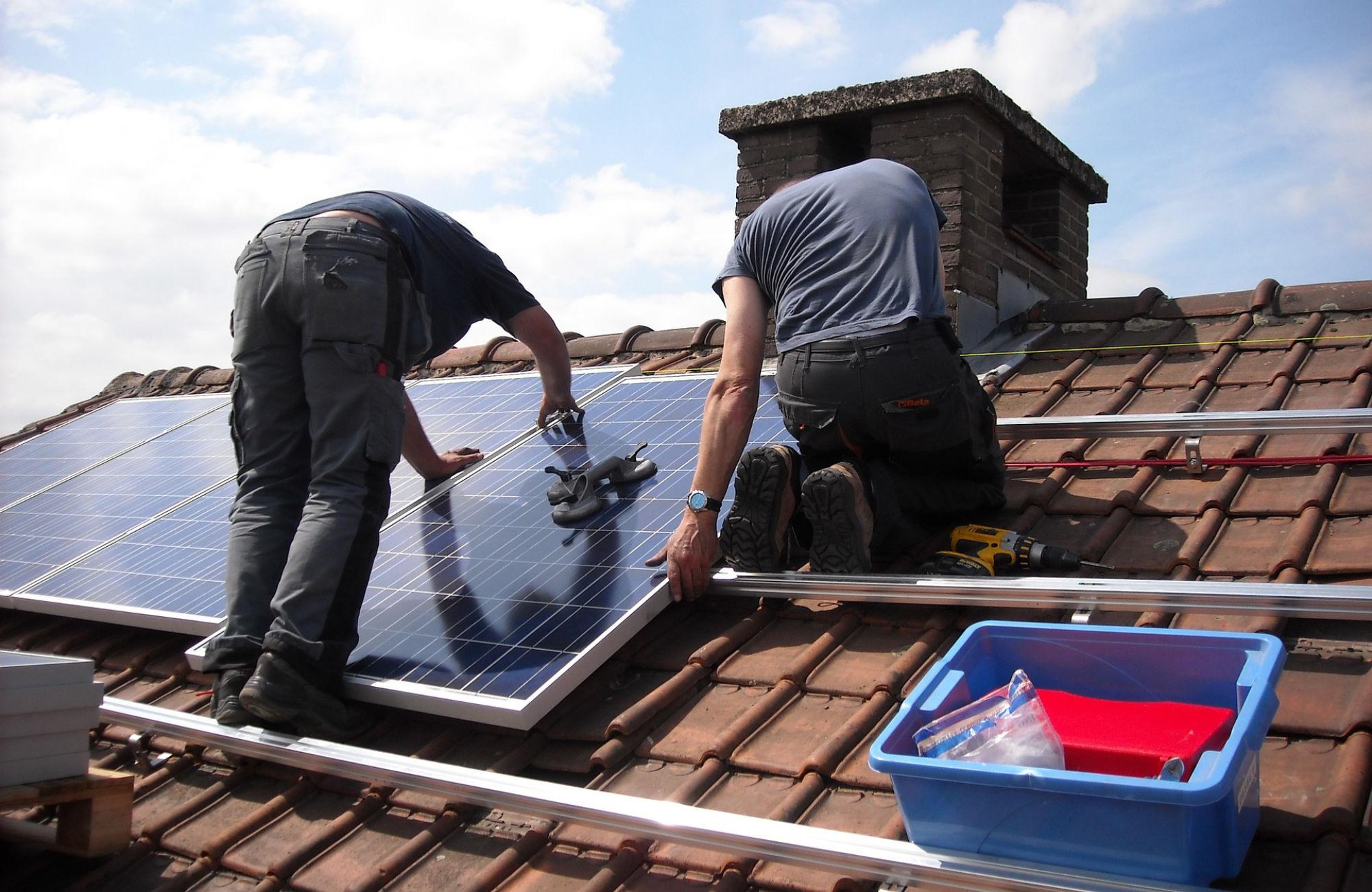 Préparer l'installation de votre toiture solaire photovoltaïque