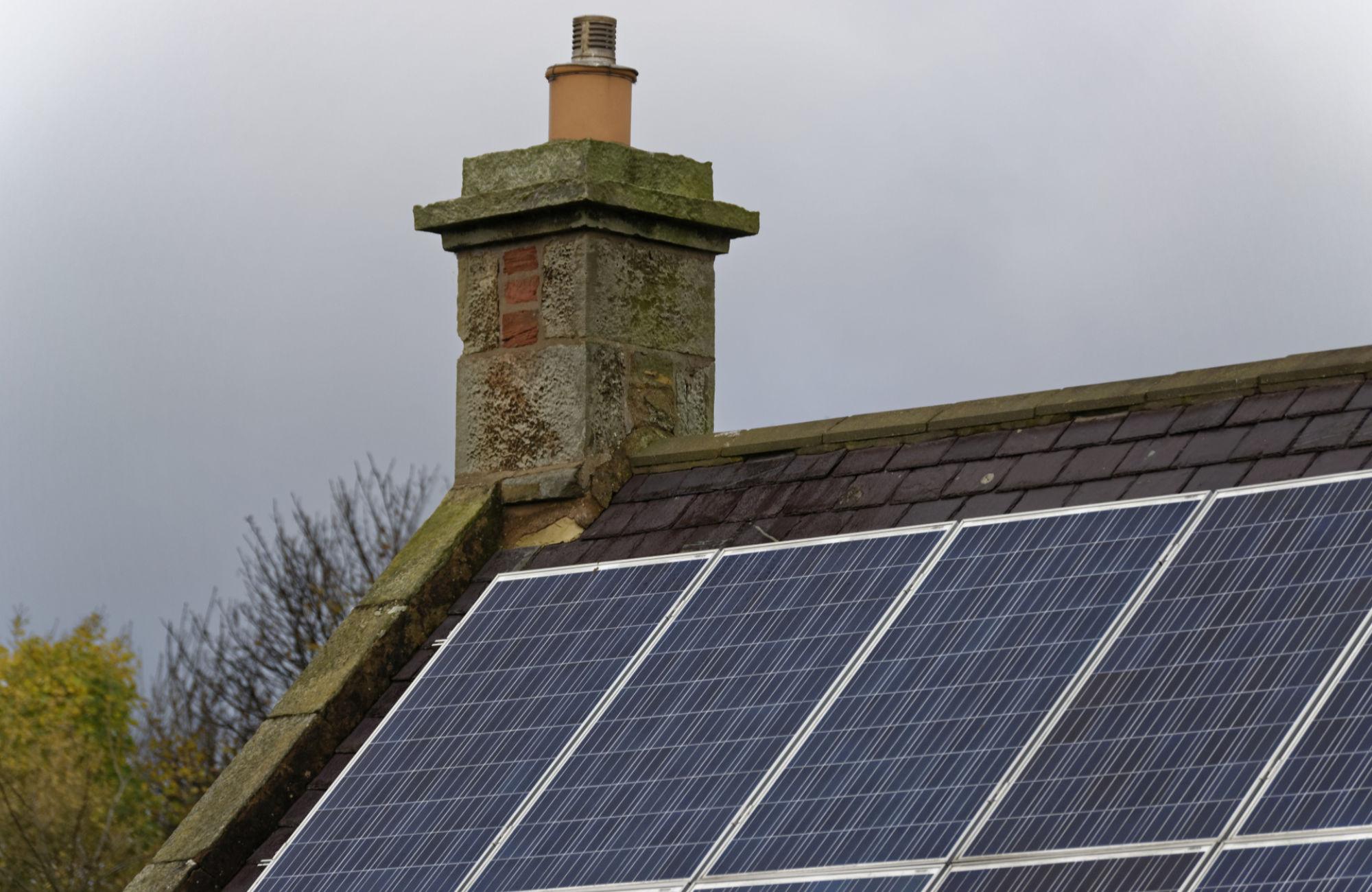 Les composants de votre toiture solaire photovoltaïque
